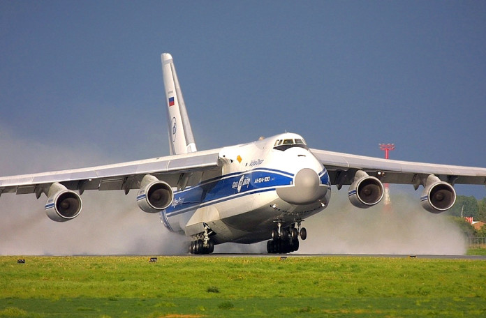 Chapman Freeborn Australia charters AN124 to deliver helicopters to Greece to aid firefighting