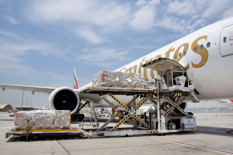 Emirates transports aid to India