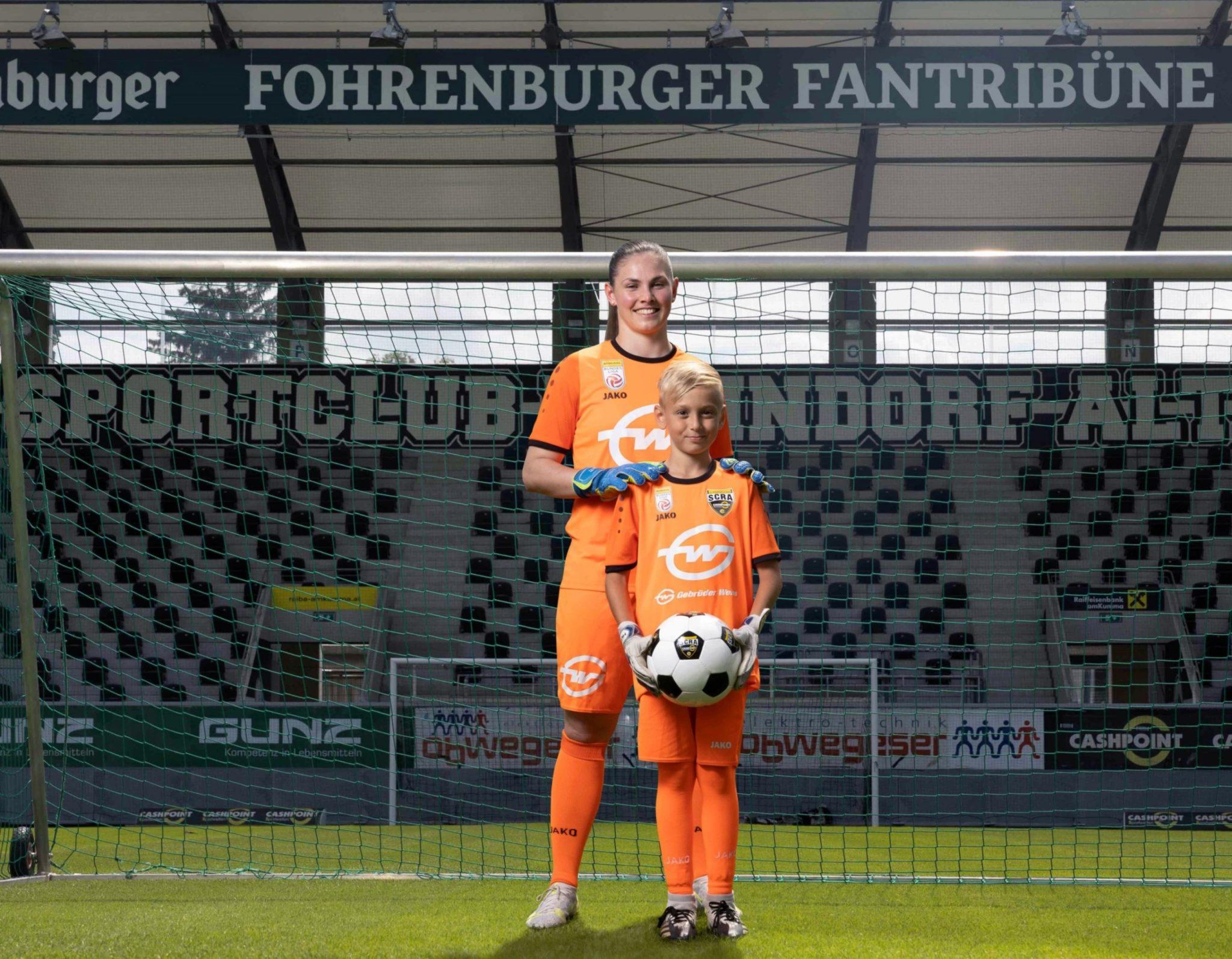 Gebrüder Weiss outfits goalkeeper