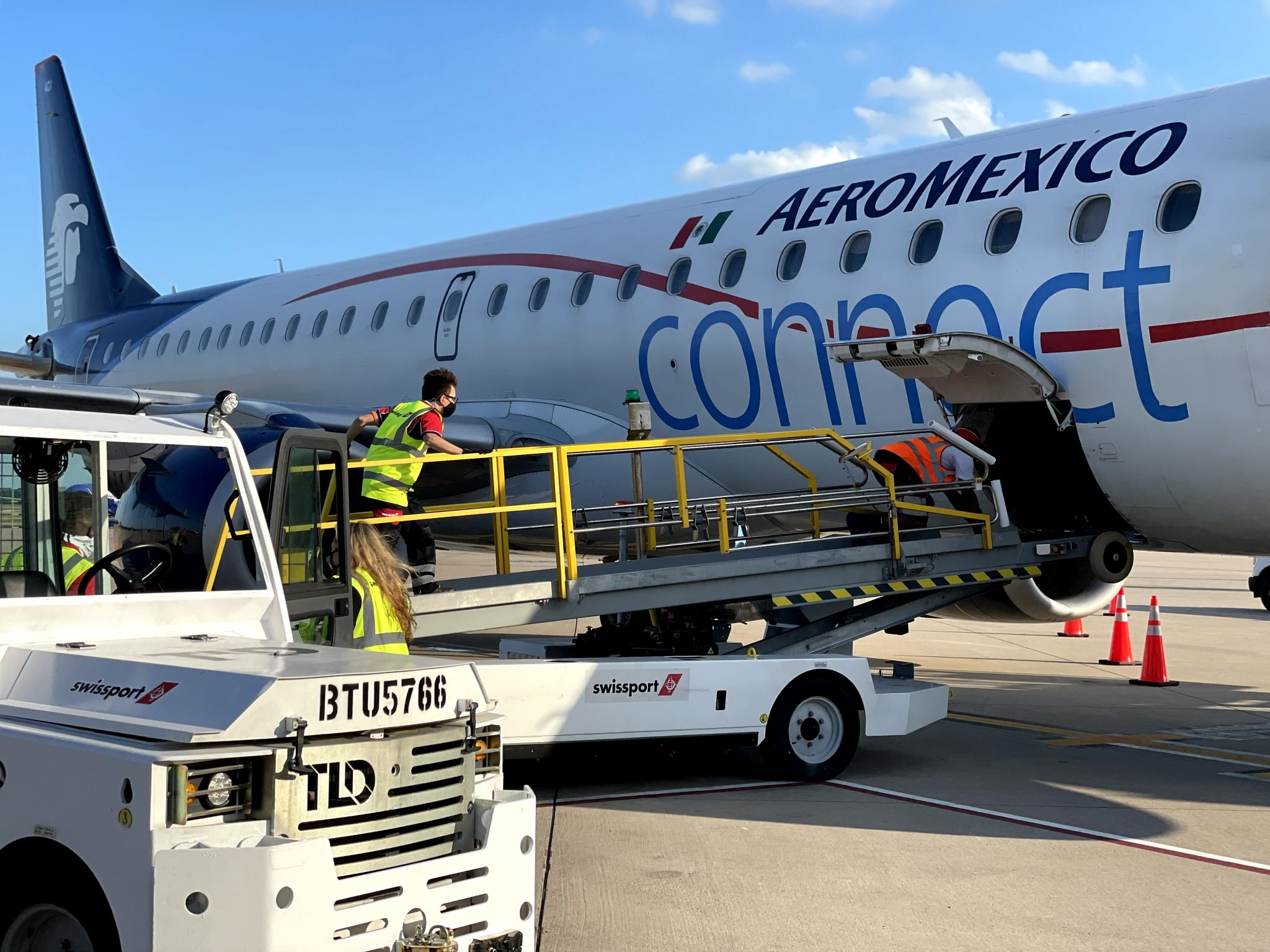 Swissport expands US network