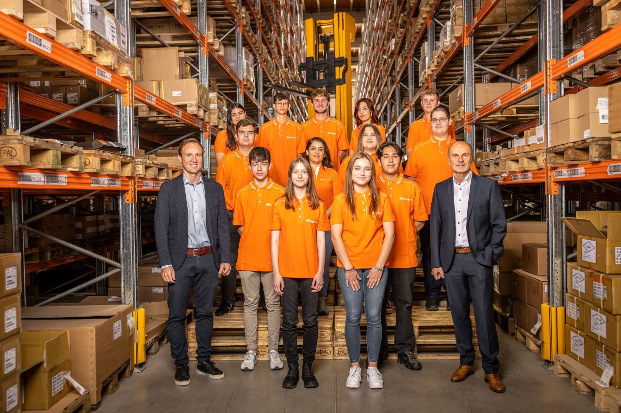 Gebrüder Weiss starts the new training year with 90 apprentices