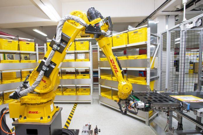 DHL Express deploys AI-powered sorting robot